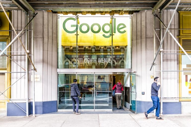Google brings its search technology to the enterprise