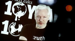 WikiLeaks vows to 'blow you away' in 2017 'showdown'